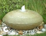 UFO bronsteen Ø 90 cm._